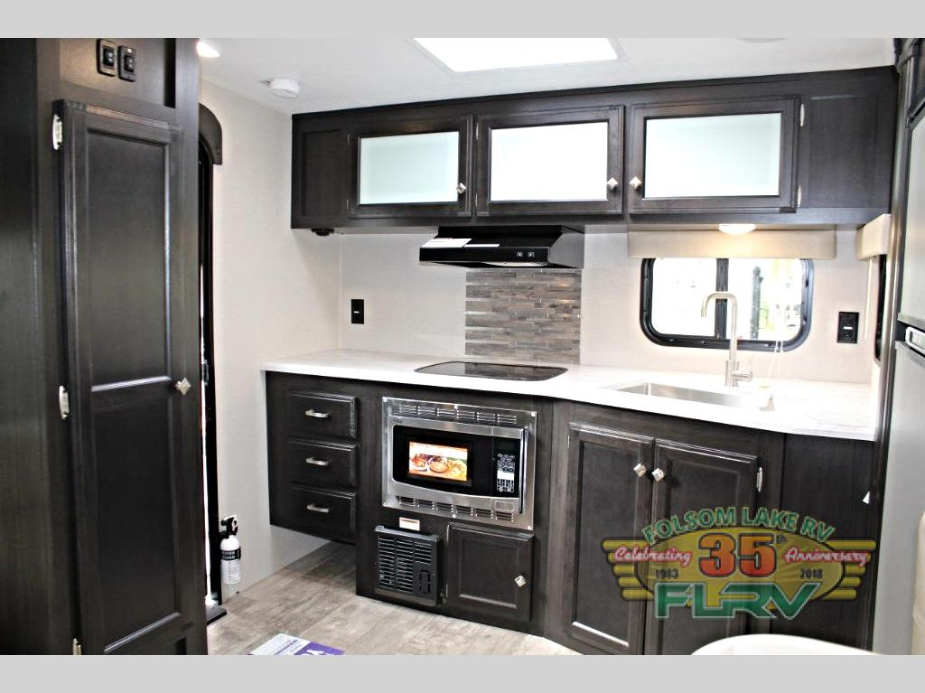 VENTURE RV SONIC SN231 VRL Kitchen