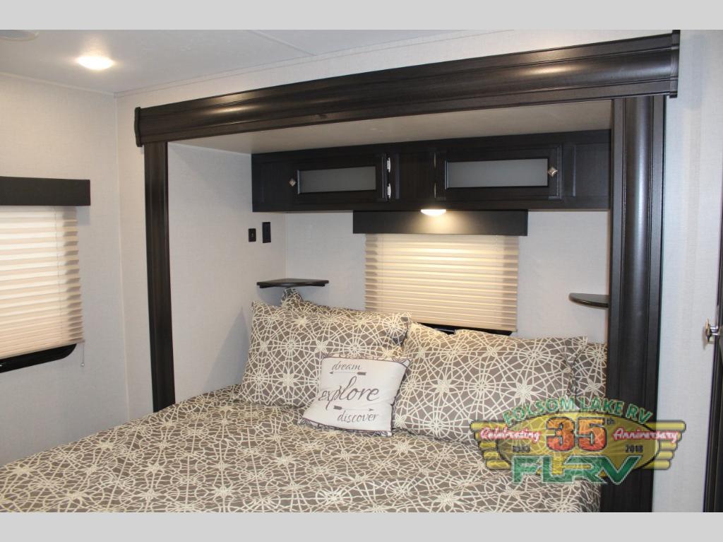 Venture RV Bedroom
