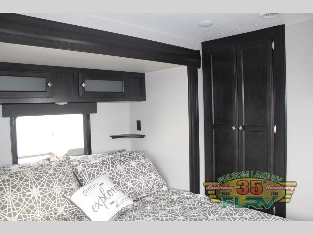 SportTrek Bedroom